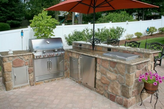 cool-outdoor-barbeque-areas-12-554x368
