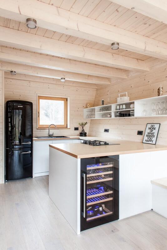 Küçük Ahşap Ev Mutfak