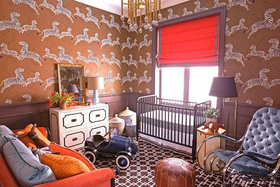 desenli duvar kagitlari ile turuncu bebek odasi