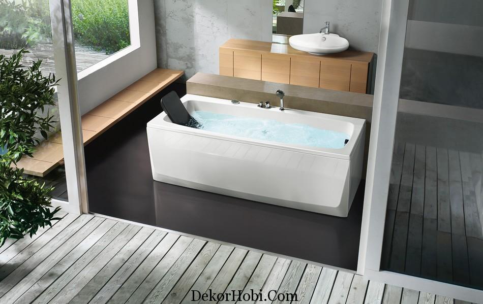 rectangular-bathtub-with-head-rest