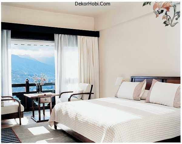 bright-white-bedroom-design-gorgeous-views